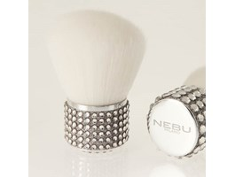 Nebu Milano kabuki oracle platinum brush